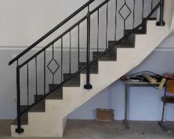 Treppengelaender mit Handlauf1