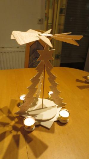 3D Weihnachtspyramide